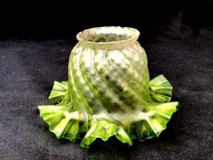 tulipe verte pour lampe pétrole
