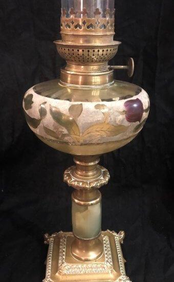 Lampes à pétrole colonne onyx